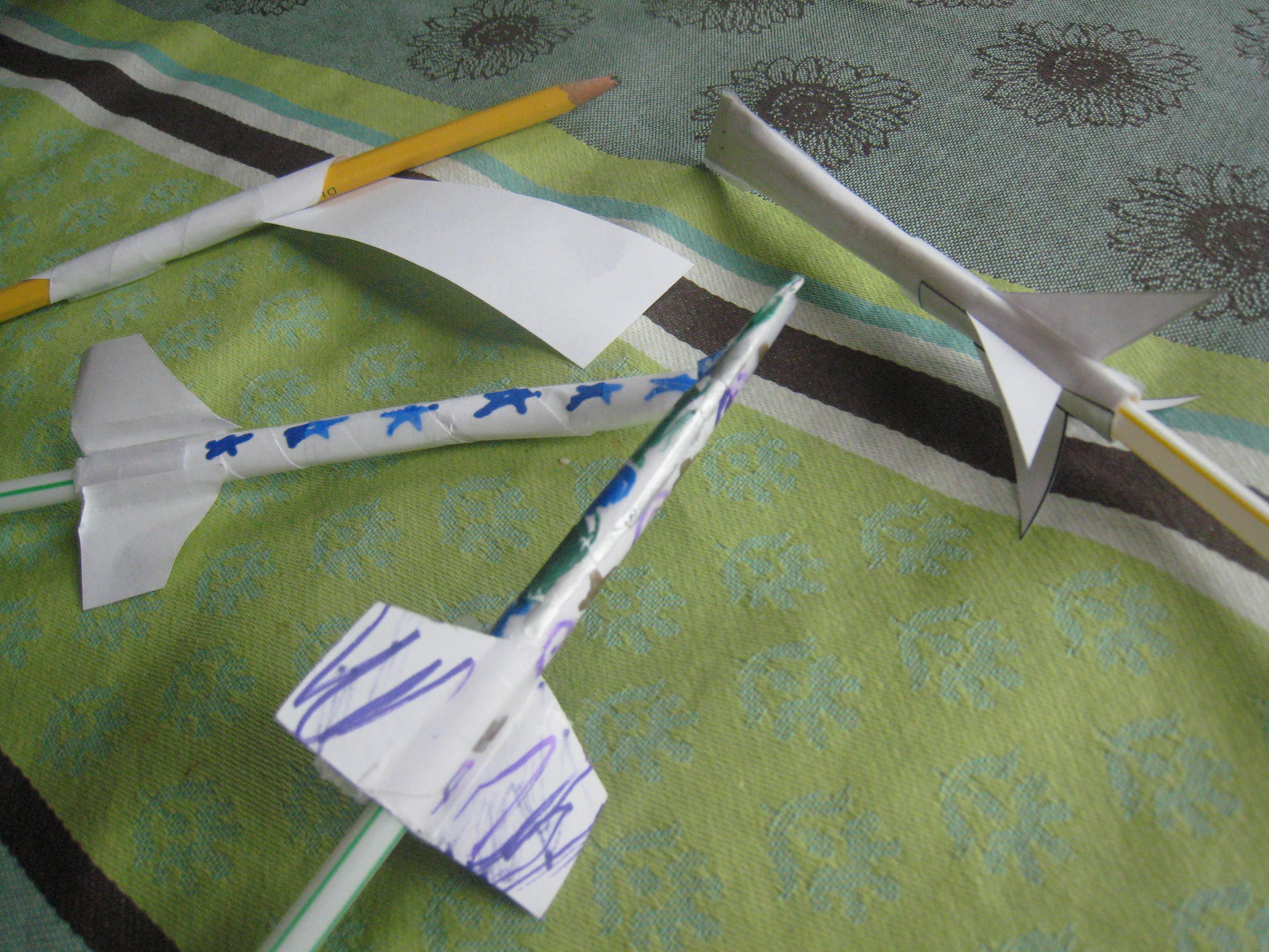 students building paper rocket nasa - photo #31
