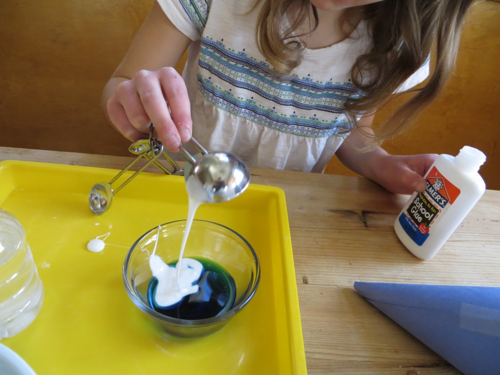 how to make slime with clear glue and baking soda