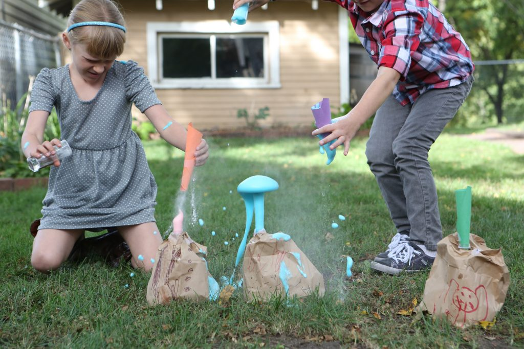 Paper Bag Volcanoes From Kitchen Science Lab for Kids (Quarry Books)